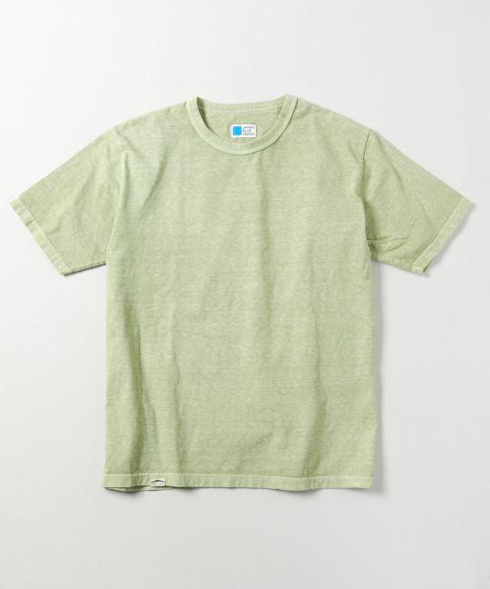 ライトグリーンTシャツ